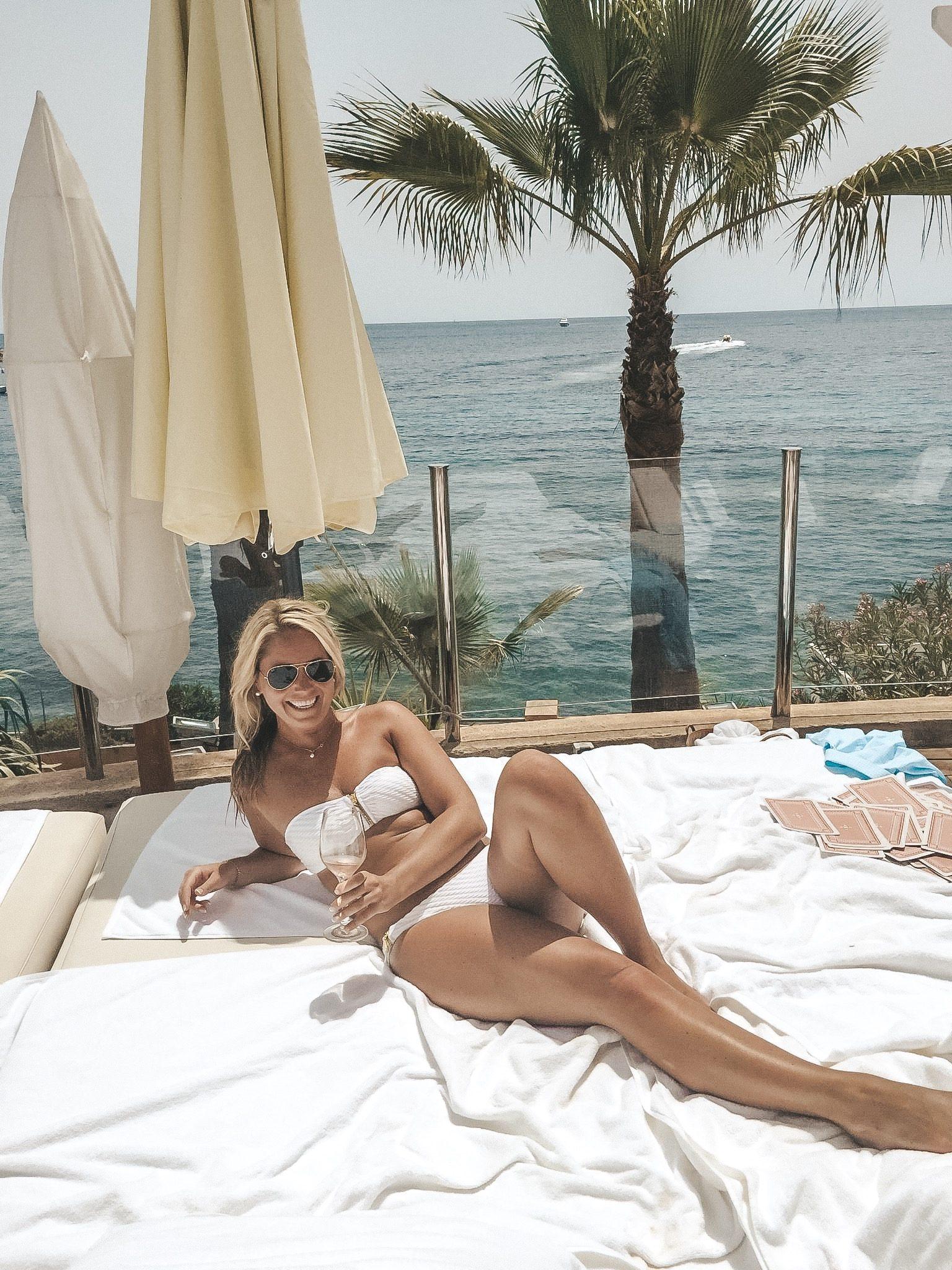Mood Beach Club