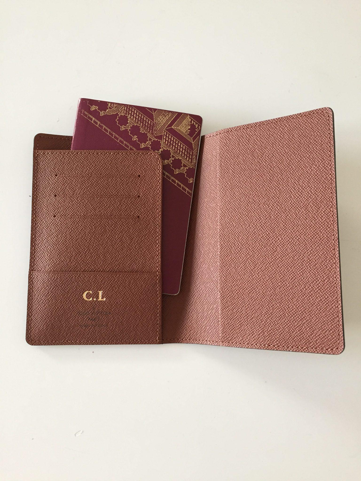 Passfodral från Louis Vuitton