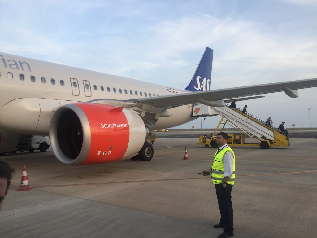 a picture of the airbus 320 neo after deboarding