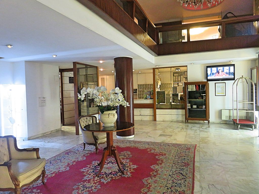 a picture of the lobby at the hotel