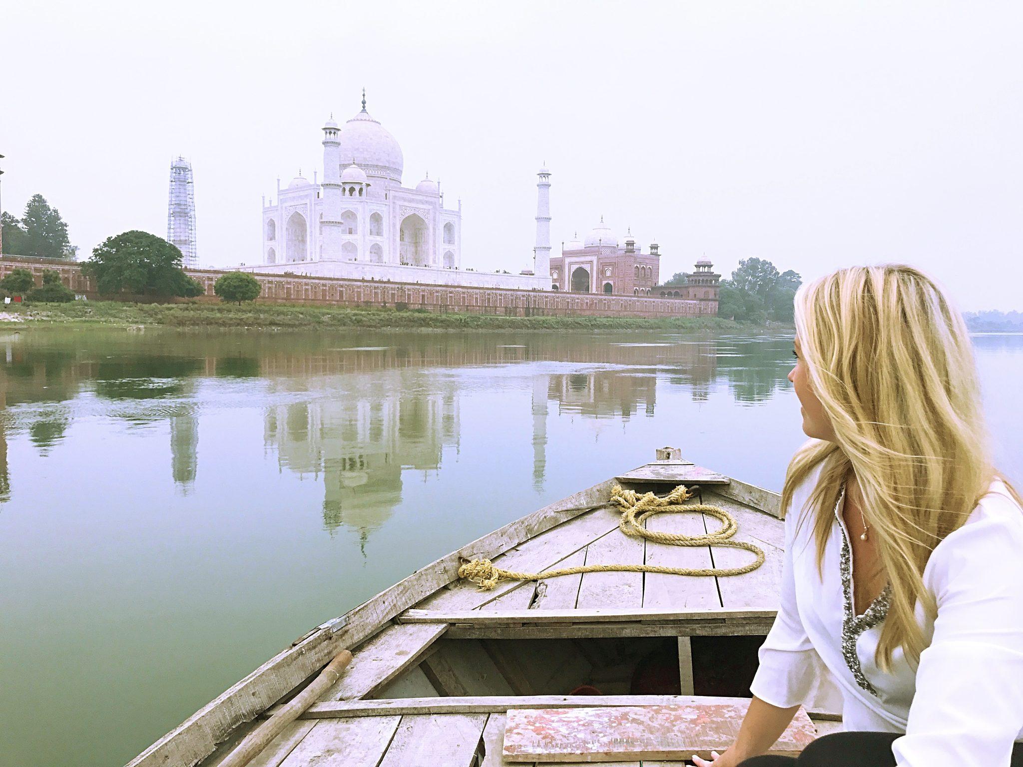Taj Mahal i soluppgång