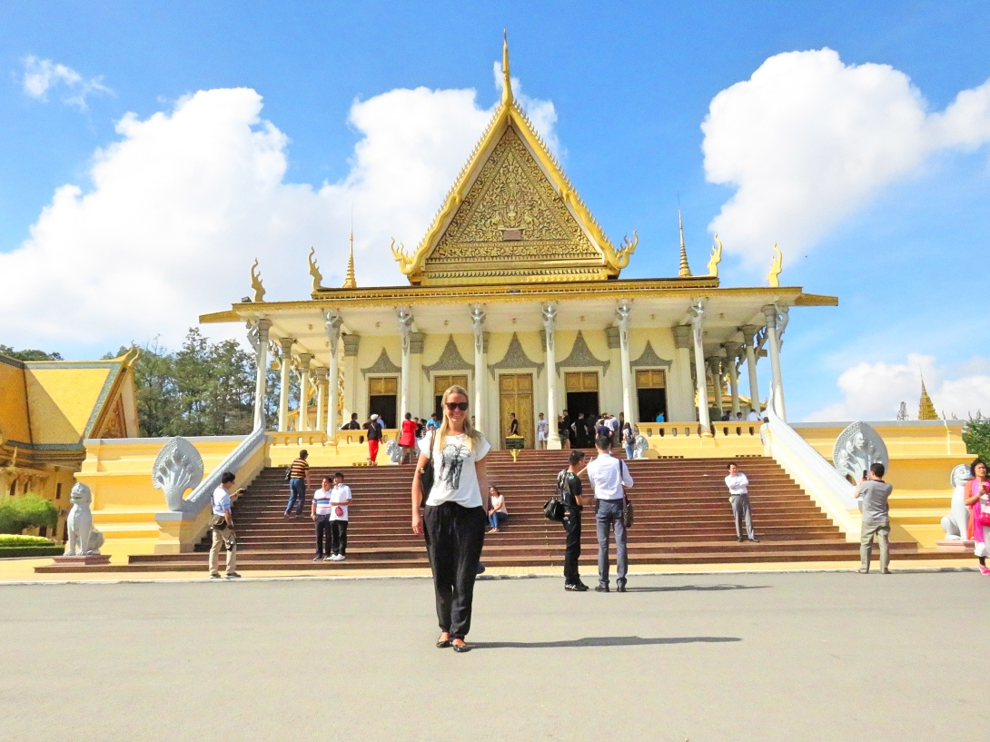 Fashion week Palace royal phnom penh what to wear for lady
