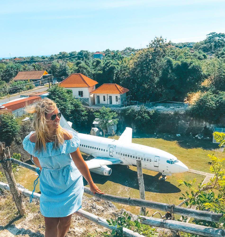 Övergivet flygplan Bali