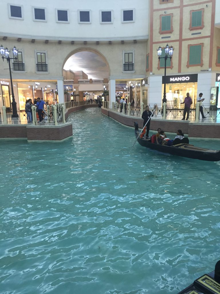 venice shopping theme in the mall