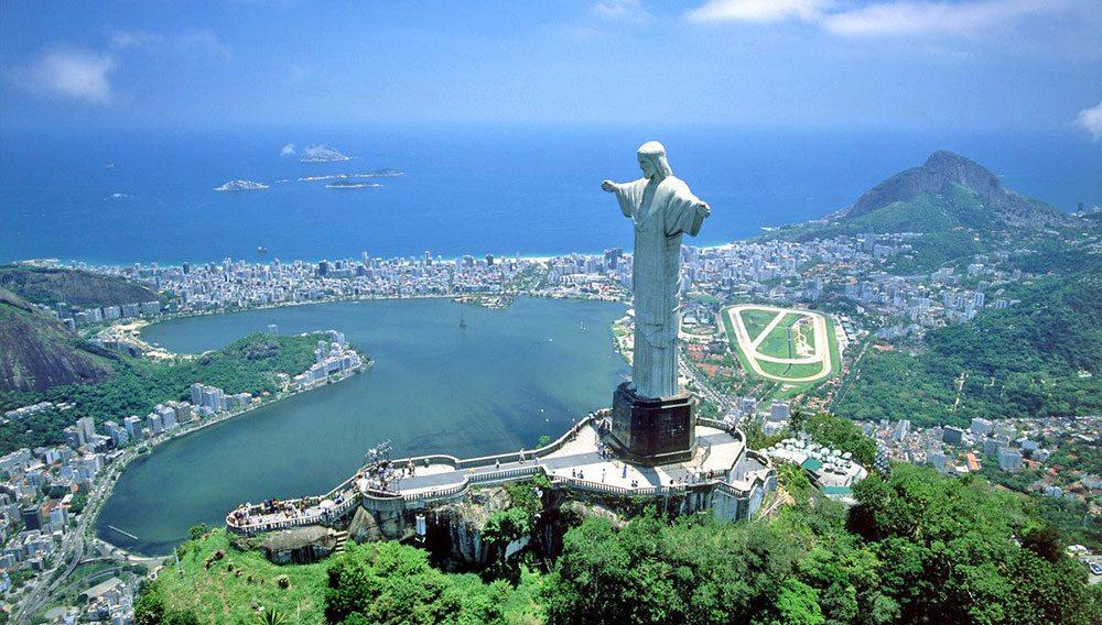 statue of christ in rio