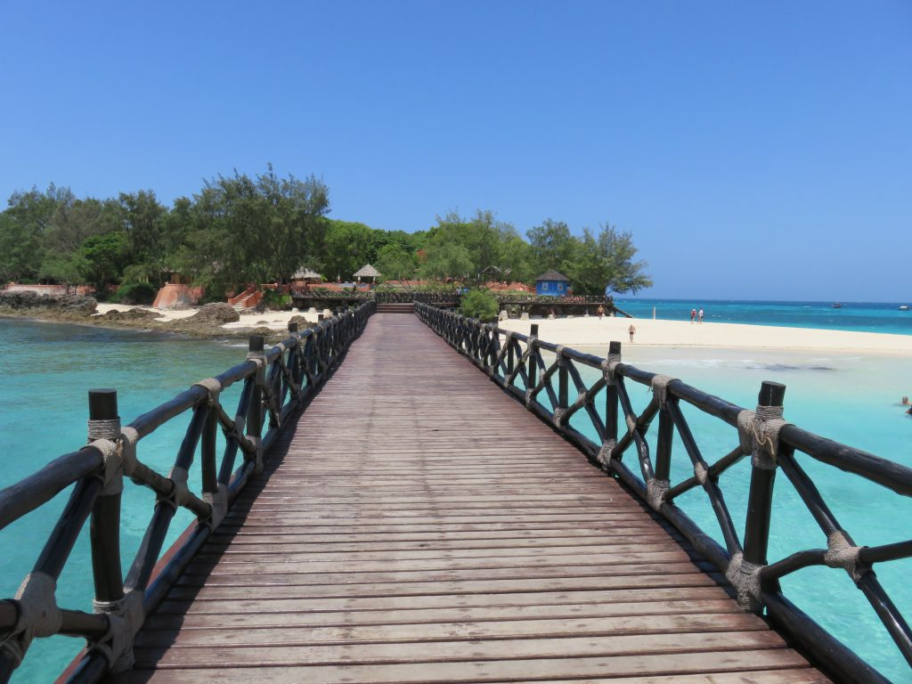 a picture of the walkway to the island