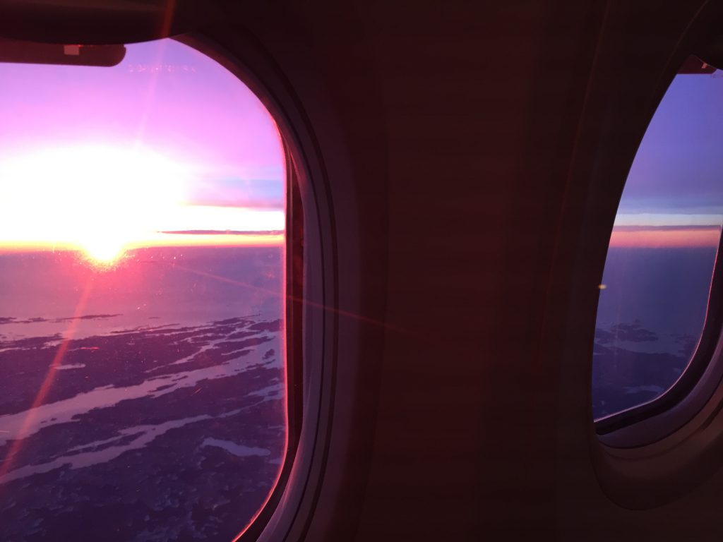 a picture the windows in the plane