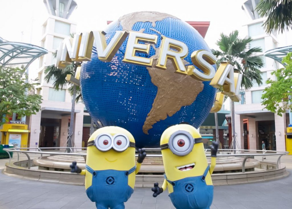a picture of minions at Universal Studios