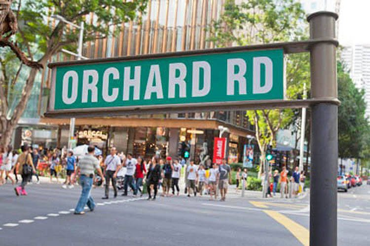 a picture of the street sign of orchard road