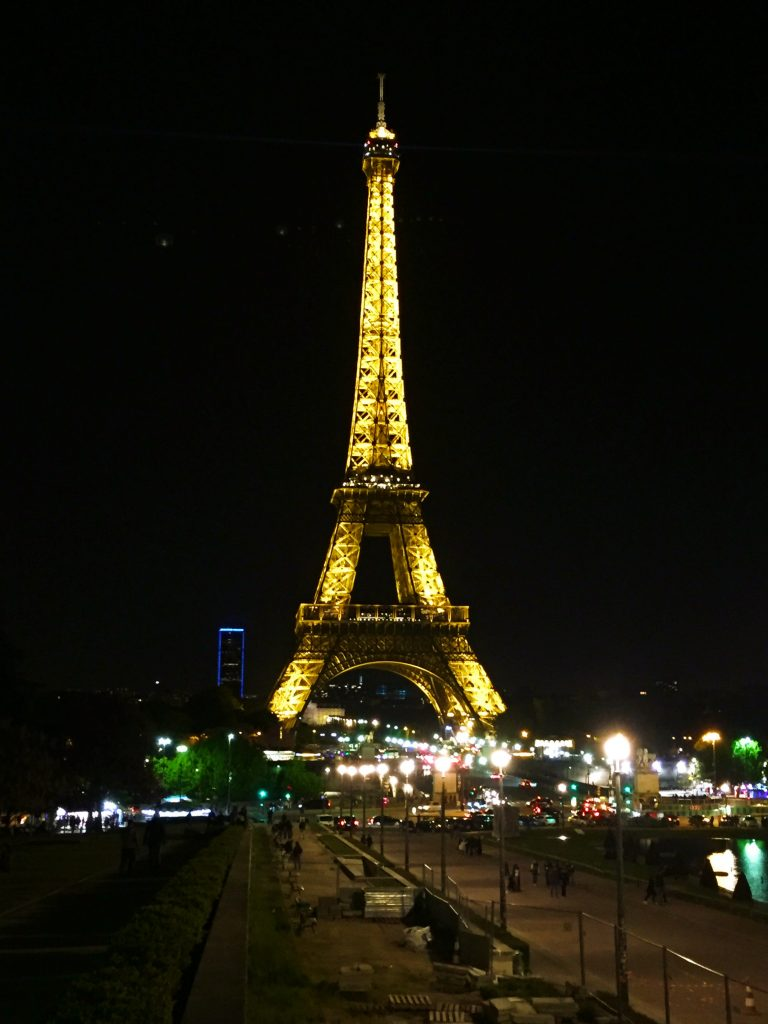 a picture of Eiffel tower at night