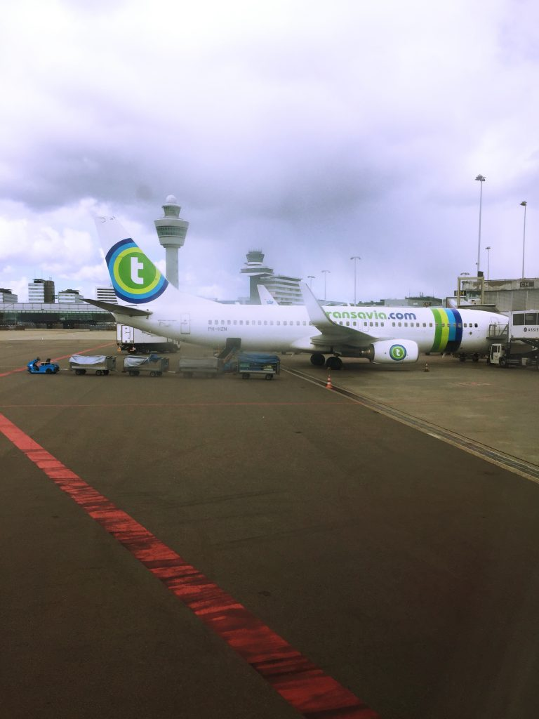 a picture of the aircraft of transavia airlines