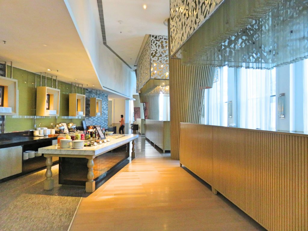 A picture of the breakfast buffet area in the restaurant